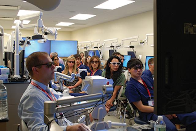 Discover Dental School: Summer Scholars' Program | Dental